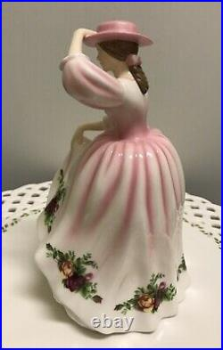 2007 Royal Doulton Old Country Roses Pretty Ladies Figurine Spring Bloom Hn5028