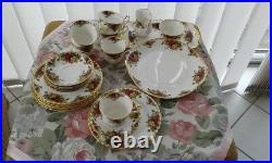 22tlg. Kaffee/Tee Service Old Country Roses Royal Albert Bone China England