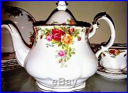24 Piece Royal Albert China Old Country Roses Tea & Cookie Set