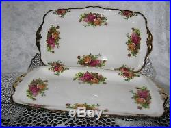 2 Royal Albert Old Country Roses Platter Or Serving Plate Made in England 1962