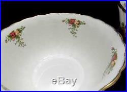 3 Royal Albert COUNTRY ROSES Fluted Mixing / Serving Bowls, Nesting Bowls Set