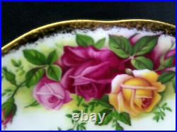 4 Old Country Roses Rare, Avon Tea Cups & Saucers, 1993-02, England Royal Albert