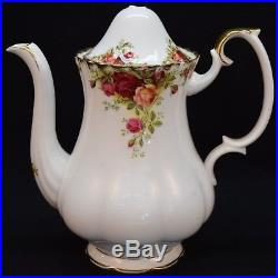 4pc Place Setting Lot of Royal Albert'Old Country Roses' with Tea and CoffeePot