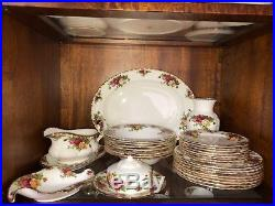 64 piece Royal Albert Old country Roses Fine China Set Full Service 8 CHICAGO