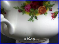 6 Old Country Roses Soup Coupes & Saucers, 1962-73, Made In England Royal Albert