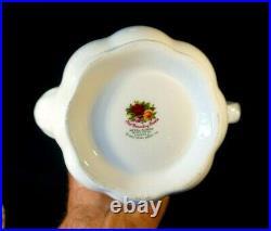 Beautiful Royal Albert Old Country Roses Coffee Pot