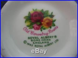 Lot of 40 Vintage Royal Albert Old Country Roses English Bone China (111)