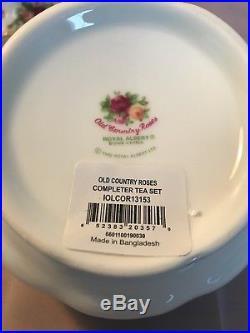 NWB Royal Albert Old Country Roses 3-Piece Teapot Creamer Sugar Set England 1904
