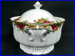 OLD COUNTRY ROSES SOUP TUREEN, 1st QUALITY, VGC, 1993-02, ENGLAND, ROYAL ALBERT