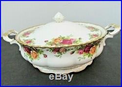Old Country Roses By Royal Albert Round Covered Vegetable Bowl 1962 Ltd