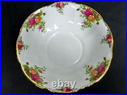 Old Country Roses Rare, Large Fancy Bowl, Good Condition, 1993-02, Royal Albert