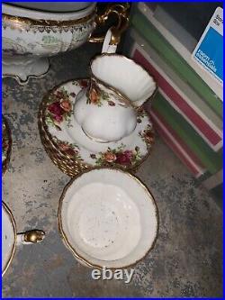 Old country roses china, Royal Albert, bone China, England