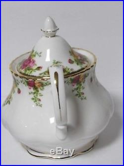 ROYAL ALBERT 6 CUP Teapot OLD COUNTRY ROSES English Vintage Excellent
