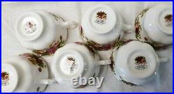 ROYAL ALBERT OLD COUNTRY ROSES 36-PC 6 Place Settings Includes Fruit bowls