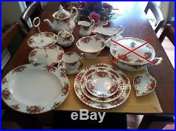 ROYAL ALBERT OLD COUNTRY ROSES COLLECTION5 PC SERVICE FOR 8 + LOTS MORE