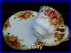 ROYAL ALBERT OLD COUNTRY ROSES LUNCHEON TENNIS SANDWICH TRAY SET OFF 4