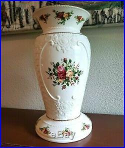 ROYAL ALBERT, Old Country Roses, 14 Basket Weave Vase