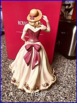 ROYAL ALBERT Old Country Roses 2009 Figurine Of The Year