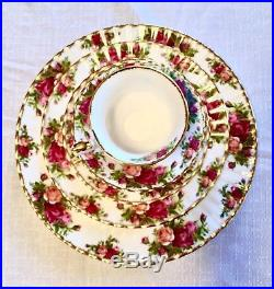 ROYAL ALBERT Old Country Roses 5-Piece 8 Guest Holiday Dinnerware Set Vintage