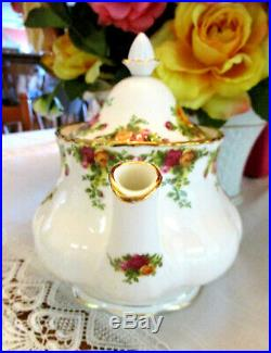 ROYAL ALBERT Old Country Roses Teapot Large Size 1st Quality