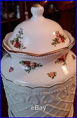 Royal Albert 1962 Old Country Roses Biscuit Barrel Cookie Jar 11.5 RARE MINT