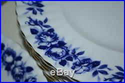 Royal Albert-Bone China-England-Aristocrat/Blau Roses-Speiseservice/Tafelservice