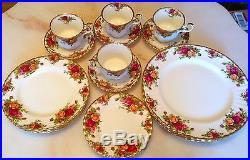 Royal Albert Bone China Old Country Roses 20-pc dinner set