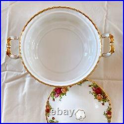 Royal Albert Bone China Old Country Roses 22K Gold Rim Soup Tureen