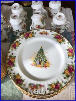 Royal Albert Bone China Old Country Roses Christmas Magic 4-pc Place Setting