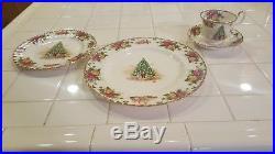 Royal Albert Bone China Old Country Roses Christmas Magic Set