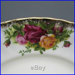 Royal Albert Bone China Old Country Roses Service for Four 20pc Set