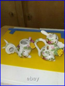 Royal Albert Bunny Creamer and Sugar Bowl (FC63-1-JV3531)