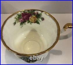 Royal Albert Christmas Magic Cup & Saucer Set Of 4 Old Country Roses Bone China