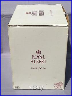 Royal Albert Christmas Santa Sleigh Seasons of Colour Soup Tureen New in Box