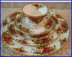 Royal Albert Doulton OLD COUNTRY ROSES 20 PCS 4 PLACE SETTING Used ENGLAND 1962