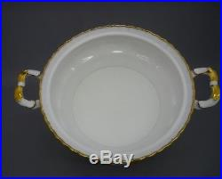 Royal Albert England Old Country Roses Bone China Covered Vegetable Serving Dish