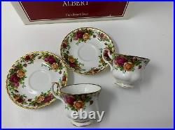 Royal Albert Fine Bone China OLD COUNTRY ROSES Teapot Creamer Sugar Cups Saucers