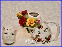 Royal Albert, Kitten Teapot, Old Country Roses Pattern