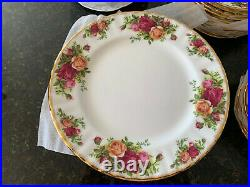 Royal Albert OLD COUNTRY ROSES 8 (5 Piece PLACE SETTING) Bone China, New