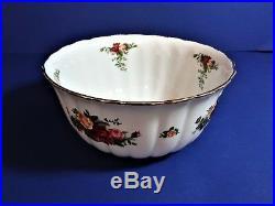Royal Albert OLD COUNTRY ROSES SET OF (3) FLUTED BOWLS SET Beautiful! HTF