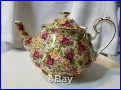 Royal Albert Old Country Rose Chintz Collection teapot bone china. England