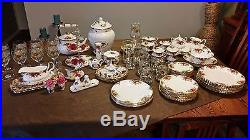 Royal Albert Old Country Roses 100 piece set! UNBELIEVABLE DEAL