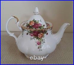 Royal Albert Old Country Roses -11 Piece Bone China Teapot, Sugar, Creamer, Cup