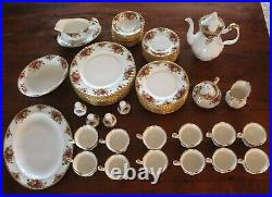 Royal Albert Old Country Roses 12 Place Settings & Crystal & Gold Stemware