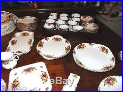 Royal Albert Old Country Roses 12x5 pc Place Settings-plus 16 tot 78 Pieces