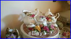 Royal Albert Old Country Roses 155 pcs includes Piece Set for Sixteen & Baking