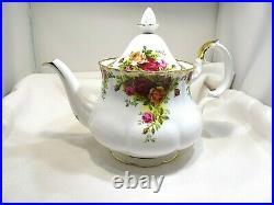 Royal Albert Old Country Roses 1st England c1962-1973 Bone China Teapot