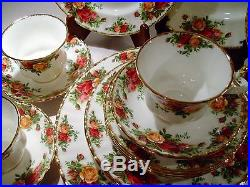 Royal Albert Old Country Roses 20 Pc Set England Back Stamp