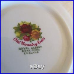 Royal Albert'Old Country Roses 22 Piece Tea Service 1st Quality