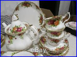 Royal Albert Old Country Roses 25 Piece Tea Set Mint Condition